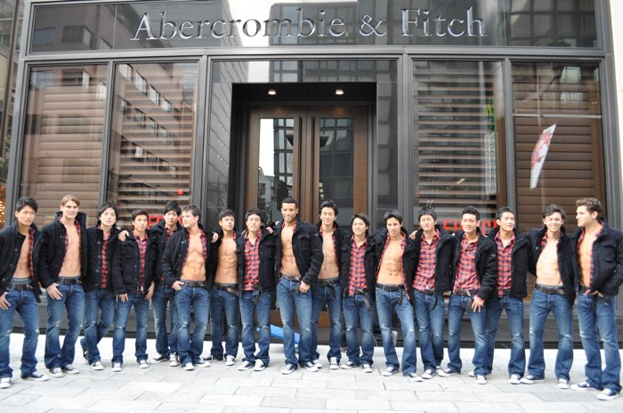 abercrombie fitch_ginza_store_models